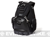 z Oakley Lunch Box Backpack - Black