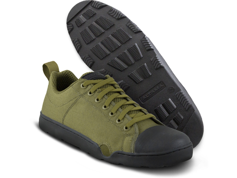 Altama OTB Maritime Low-Top Assault Boots (Color: Olive Drab / 11)