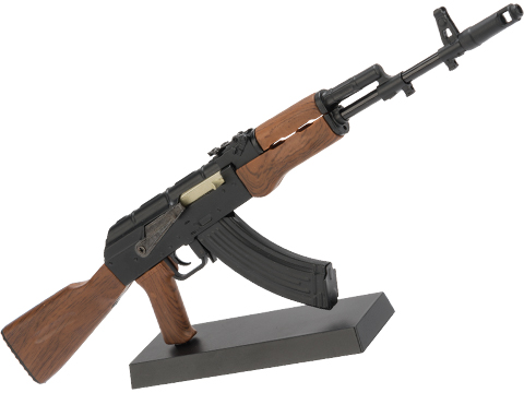 Die-Cast Metal 1:4 Scale Model Gun (Type: AK47)