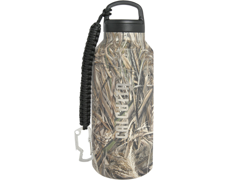 Calcutta 36oz Double Walled Travel Bottle with Paracord Lanyard (Color: Real Tree Camo)