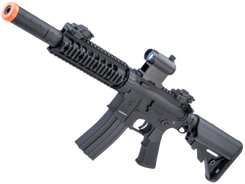 Colt Licensed Elite Line M4 AEG by Cybergun (Model: M4 CQB-R w/ 7 Rail / Black)