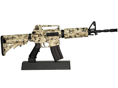 GoatGuns 1:3 Scale Die-Cast Model (Model: AR-15 / Camo)