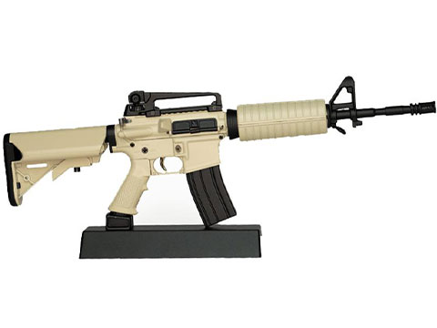 GoatGuns 1:3 Scale Die-Cast Model (Model: AR-15 / Flat Dark Earth)