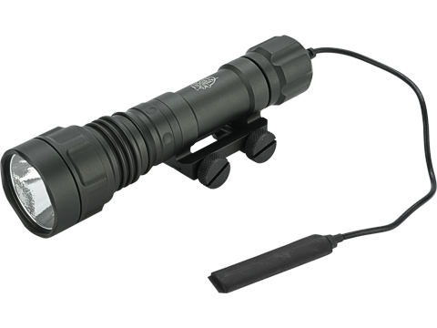 G&P GP800 LED Weapon Light with Pressure Switch