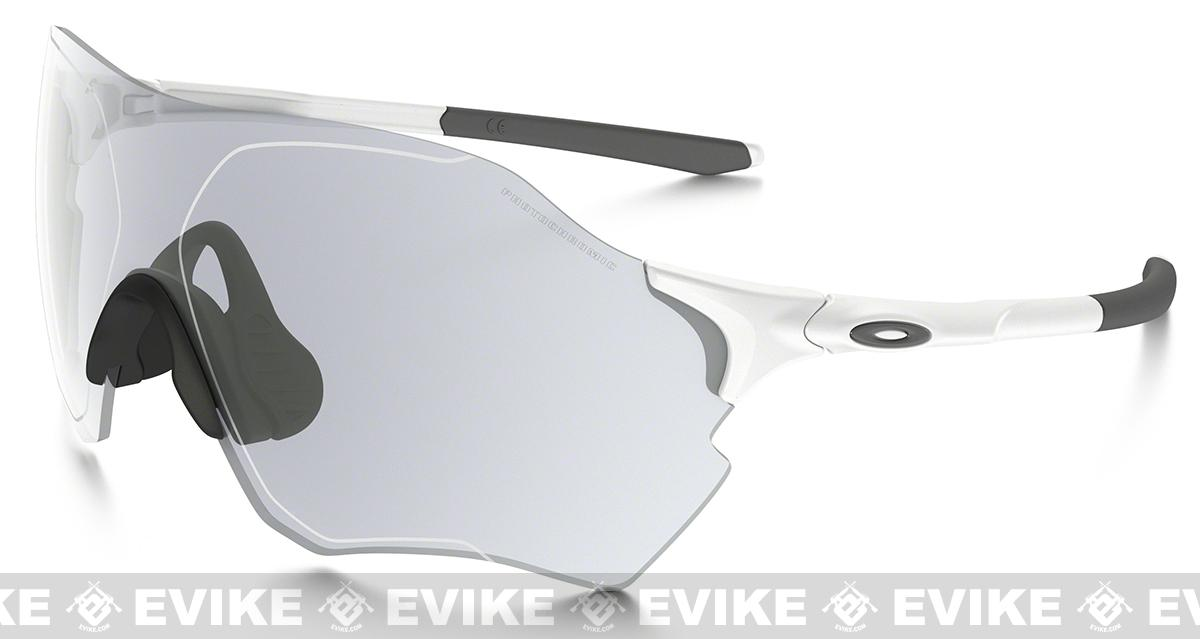 Oakley EVZero Range Photochromatic Sunglasses - Clear Black Iridium