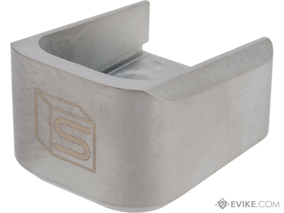 EMG / Salient Arms International 2011 Base Plate for Hi-Capa Series Airsoft Gas Magazines (Color: Silver / Green Gas)