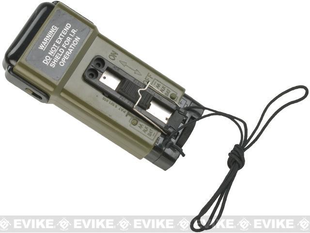 Lancer Tactical CA-708 Distress Strobe Marker Light - OD Green