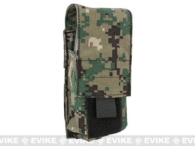 Avengers Tactical Double Stack M4 / M16 / AR Magazine Pouch - Digital Woodland