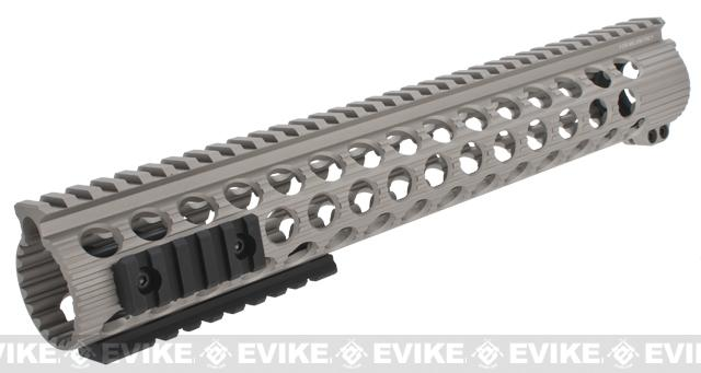 Madbull Troy Industries TRX Battle Rail for Airsoft M4/M16 Series Airsoft AEG Rifles (Color: Dark Earth / 13)