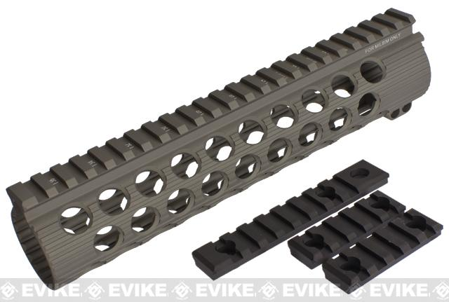 Madbull Airsoft Official Licensed Troy Industries TRX Battle Rail for Airsoft M4/M16 Series AEGs (Color: Dark Earth / 9)