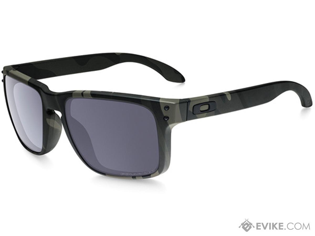 6e4eb938866 Oakley Holbrook Sunglasses (Color  Multicam Black   Grey Polarized ...