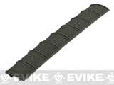 Magpul XT� Rail Panel 1913 Picatinny Low Profile Rail Cover (Color: OD Green)