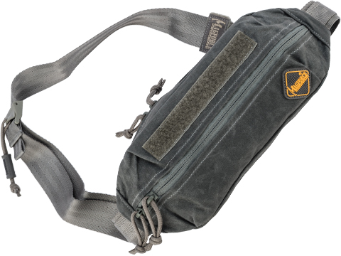 MagForce City Traveler Waistpack Small (Color: Black / Waxed Canvas)