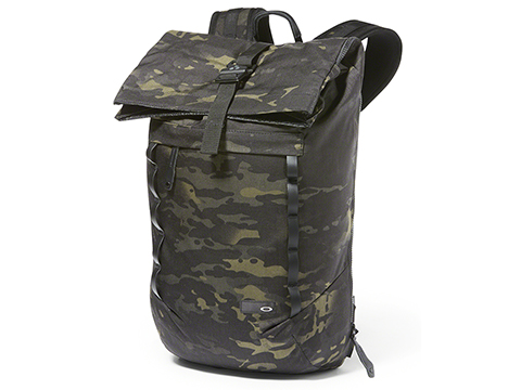 Oakley Voyage 23L Roll Top Backpack (Color: Multicam Black)