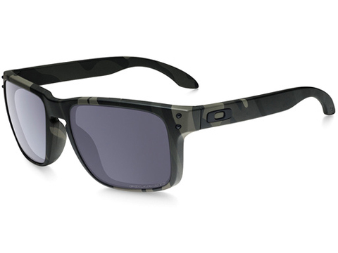 Oakley Holbrook Sunglasses (Color: Multicam Black / Grey Polarized)