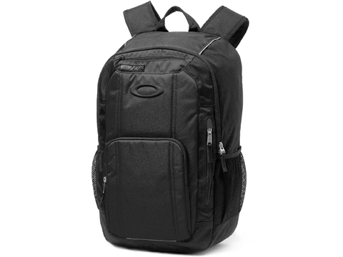 Oakley Enduro 25L 3.0 Backpack (Color: Blackout)